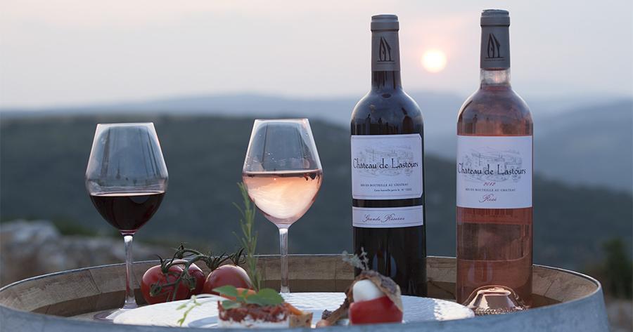 Château-de-lastours-vins-rouge-rosé-sur-fût-de-chêne